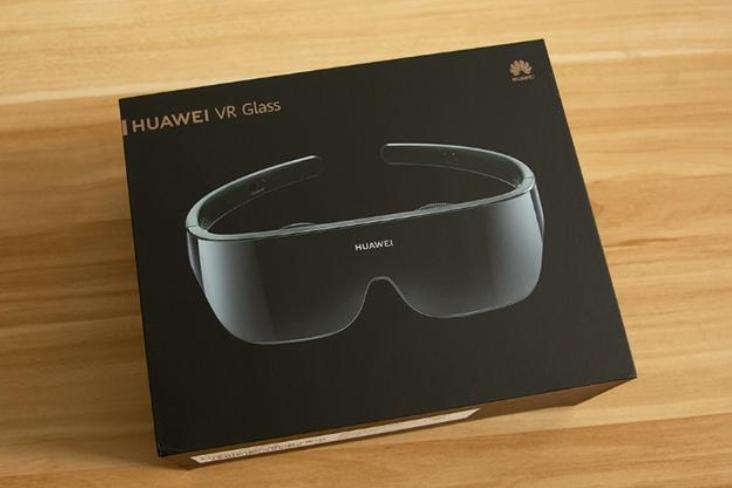 探索精彩娱乐,华为VR Glass 眼镜带你感受真实玩乐体验!